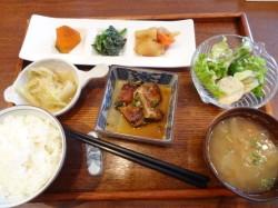 ★オンフルール★ 瑞穂区 野菜カフェ