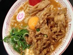 ★豚鯱★ 昭和区 ラーメン/肉玉そば
