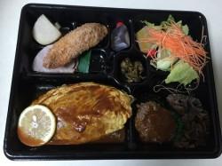 ☆キッチン千代田☆ オムライス弁当