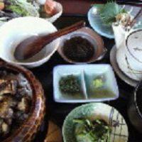 名古屋市中区金山駅から徒歩3分、鶏料理で有名な一鳳で子連れランチ