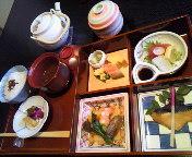名古屋市緑区有松駅より徒歩3分 日本料理やまとで個室のお座敷子連れランチ