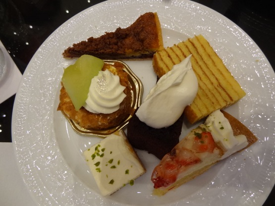 ★Wcafe★ 昭和区/サーウィンストンホテル内 ケーキバイキング