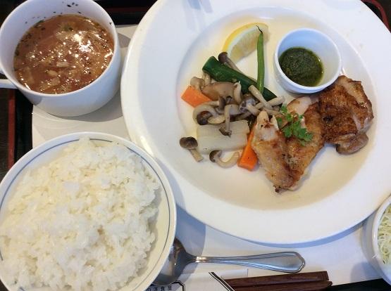 名古屋市天白区の洋食屋「文化亭」がリニューアルオープン ディナーで以前と比較してきた