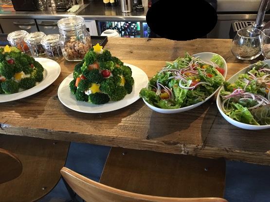 中村区のグローカルカフェは名古屋で世界の旅人と出逢えるカフェバーで本物のサンタが来日