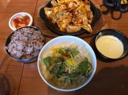 中区、金山で食べる本格的な韓国料理屋さんと言えば金山ソウル。子連れランチも可能です。